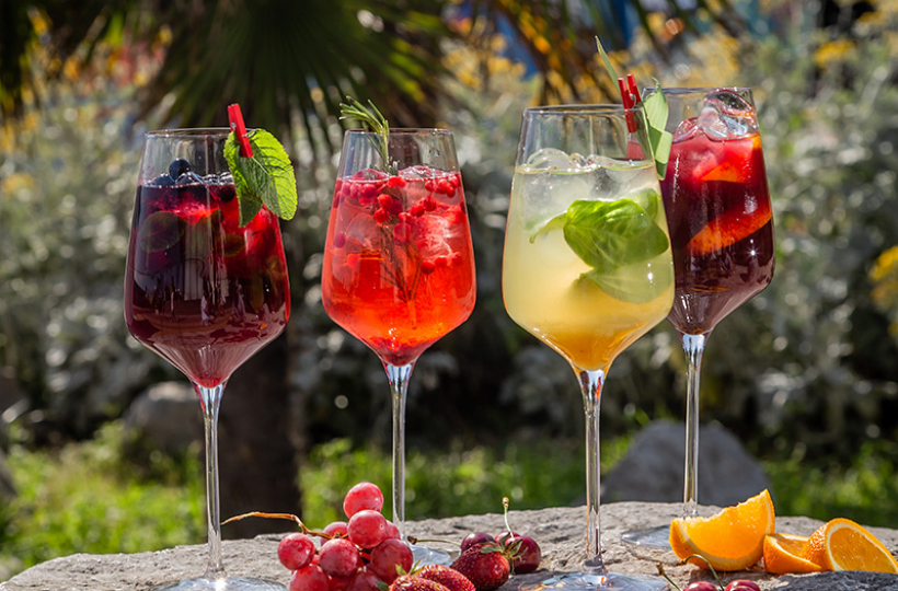 Лето в бокале: Гид по освежающим напиткам