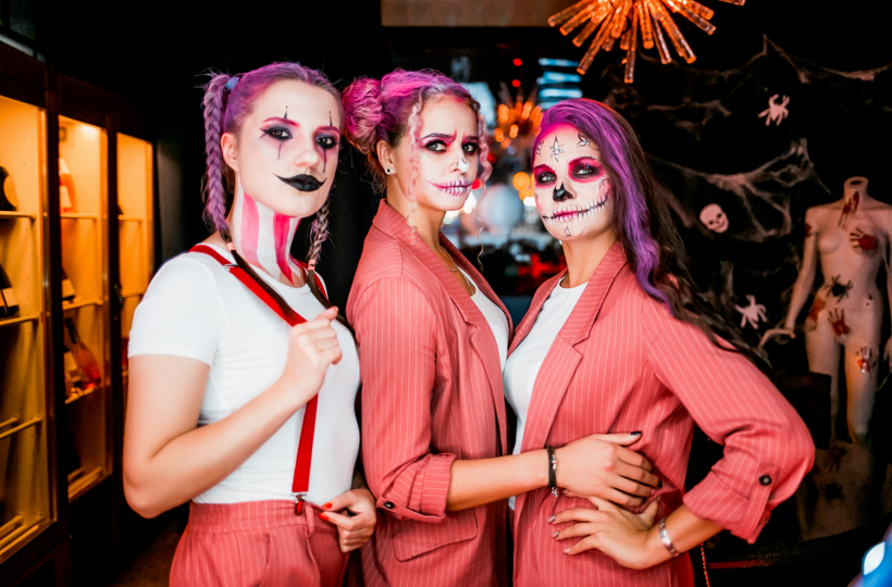Фотоотчет Pink Halloween в Sunset Karaoke