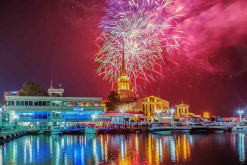 Новогодняя ночь на яхте!